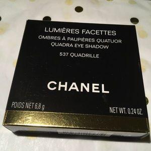 Chanel Quadra Eyeshadow 'Quadrille.'